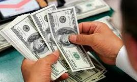 onde e como comprar dolar para viajar
