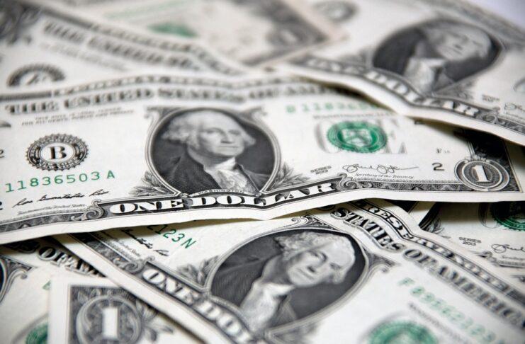 imagem de notas de dolar