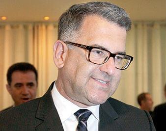 Professor Nelson Bueno de Oliveira