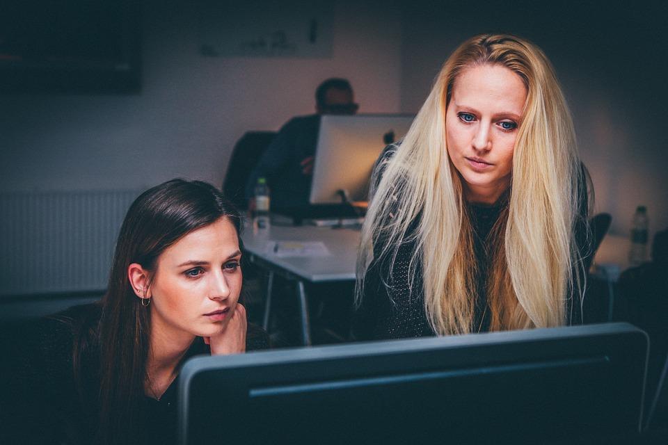 mulheres investidoras