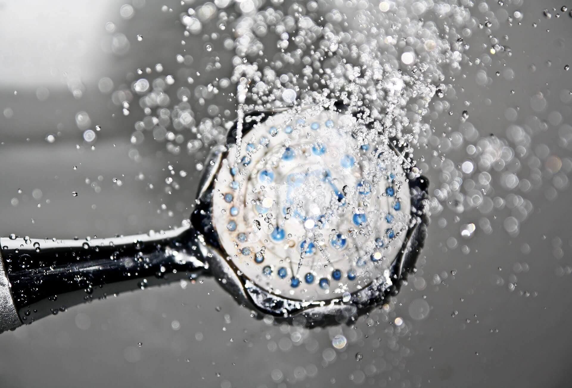 economizar água chuveiro