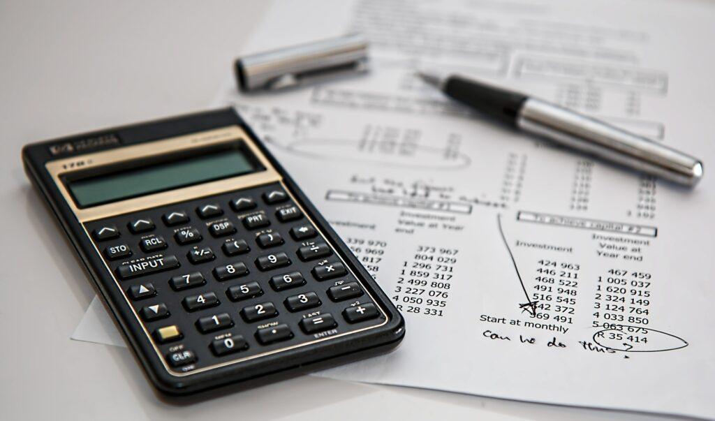 despesas, investimentos, gastos e custos