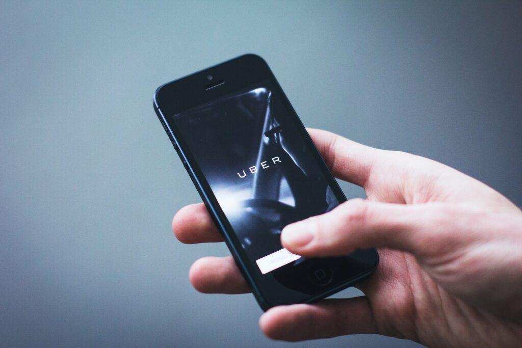 um ano de viagens grátis Uber