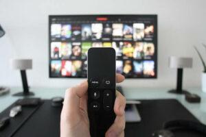 Vale a pena combo de internet, TV e telefone?