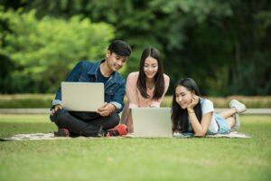 inadimplência escolar e universitária