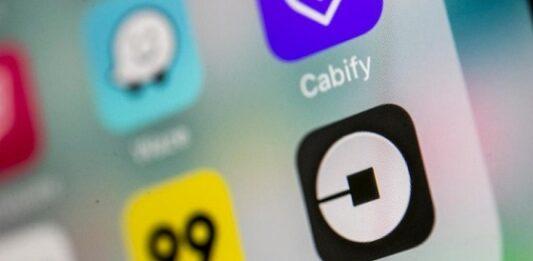 tela de celular com aplicativos de corrida