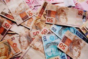 notas de dinheiro (real)