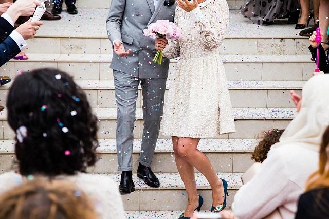 dinheiro para o casamento civil