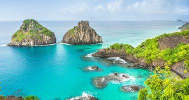 Baía do Sancho é eleita a segunda melhor praia do mundo