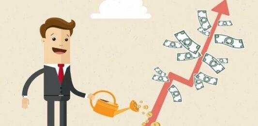 Ilustração de um homem de terno regando uma árvore de dinheiro em forma de gráfico
