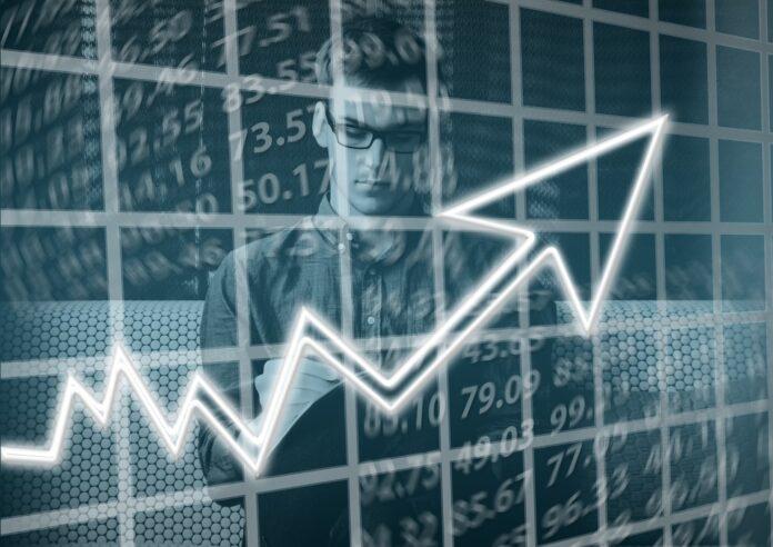 montagem de um investidor com um gráfico