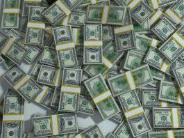 Muitas notas de dólares