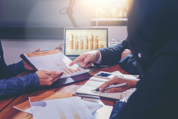 Estudar o risco do investimento é importante para não ter prejuízos futuros