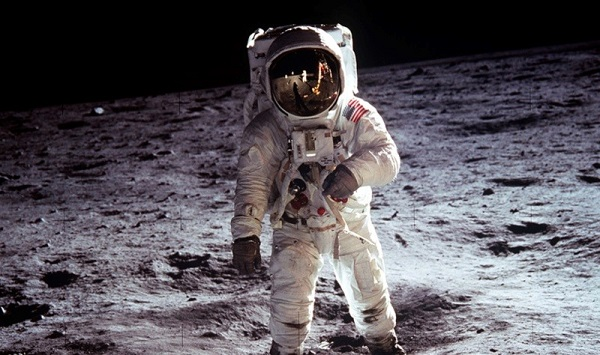 viajar para a Lua
