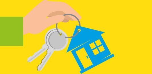 Ilustração de uma mão com chaveiro em formato de casa entregando para outra pessoa
