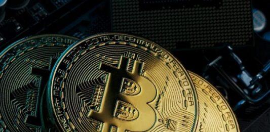 Três criptomoedas Bitcoin