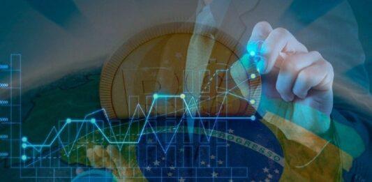 Montagem de gráfico com bandeira do Brasil ao fundo e uma ilustração de moeda