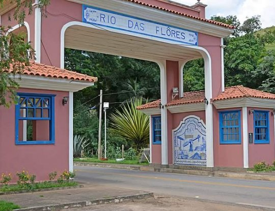 Portal de Rio das Flores - RJ