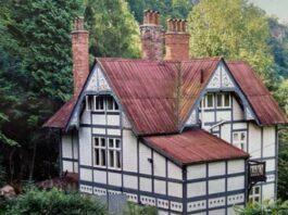 Vista do The Chalet, ponto turístico na Inglaterra, cenário da casa do Otis de Sex Education